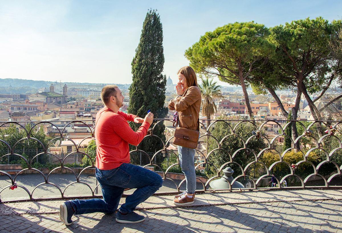 Предложение руки и сердца в Риме