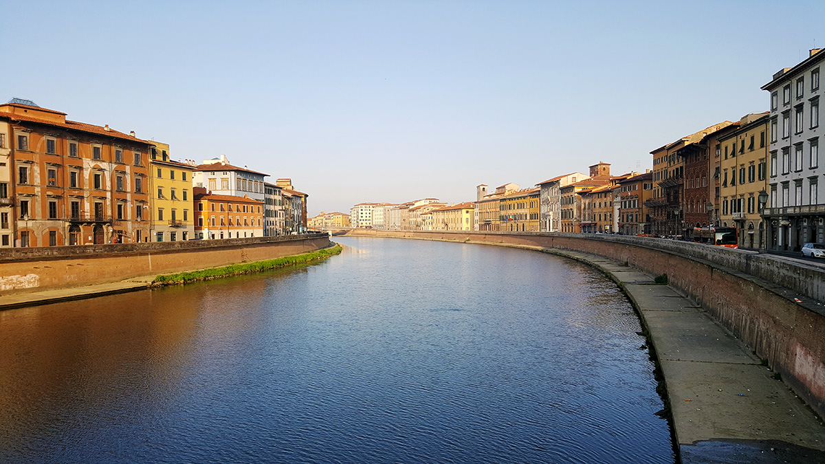 Река Арно в Пизе