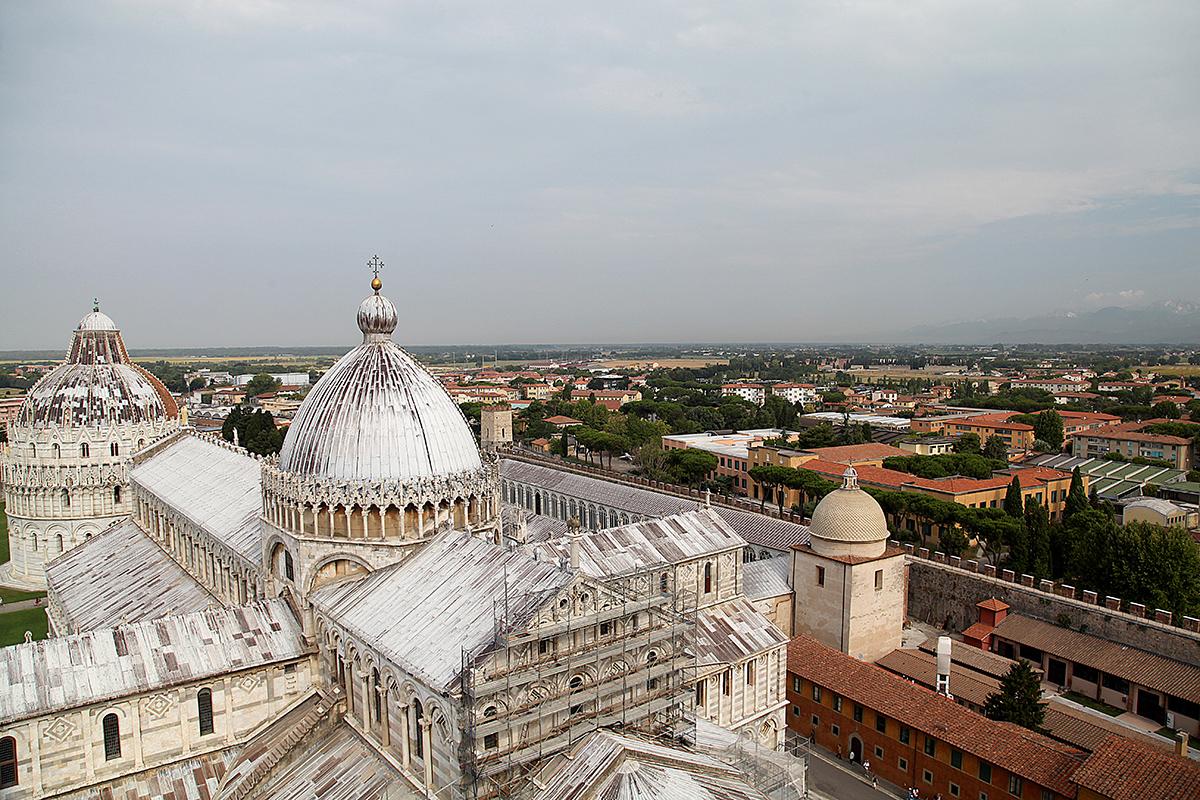 Вид с Пизанской башни: собор Санта-Мария Ассунта