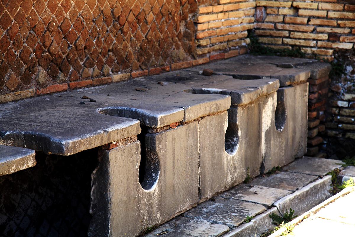 туалеты остия антика