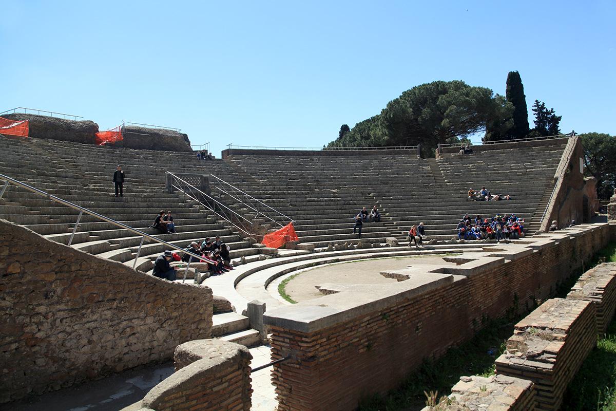 театр остия антика