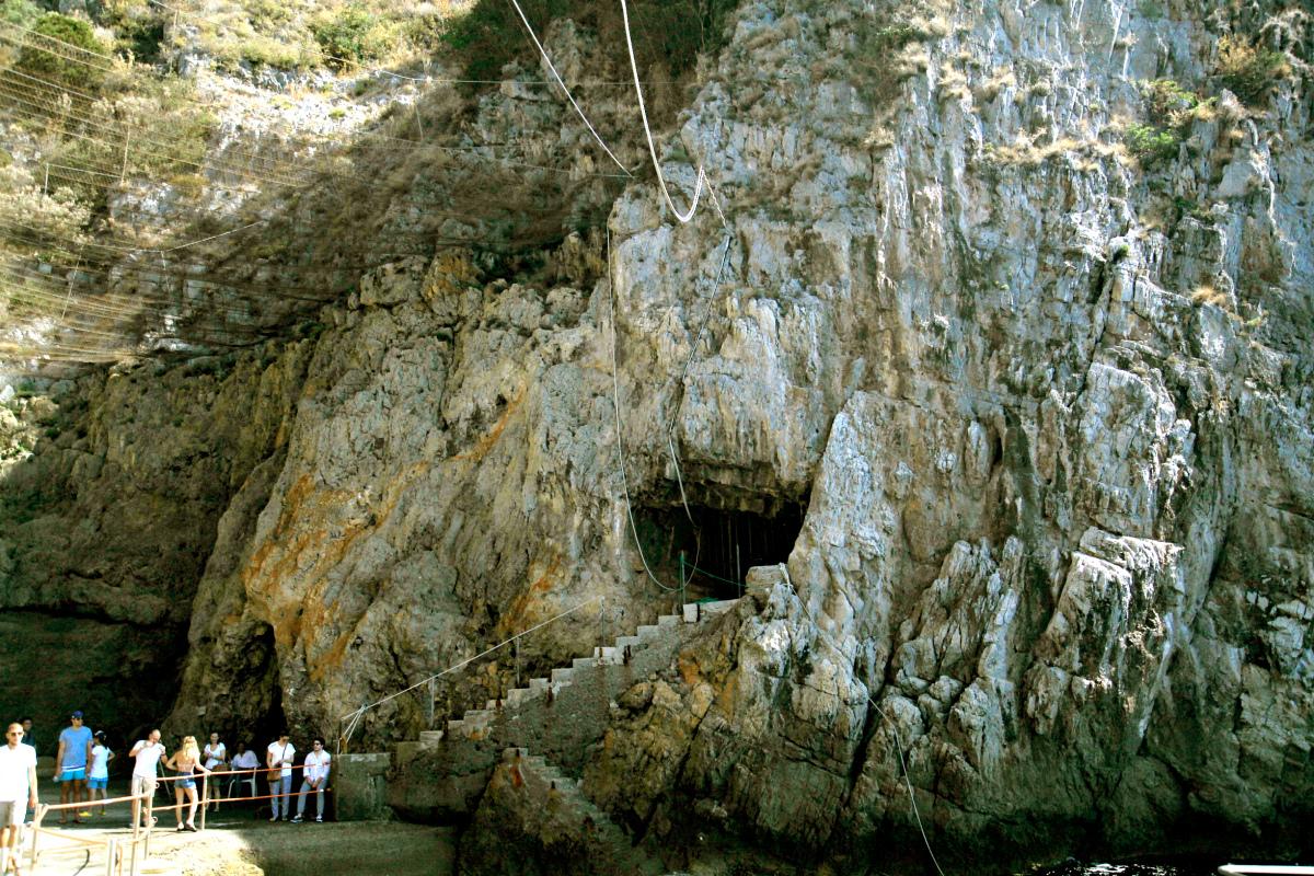 Grotto dello Smeraldo