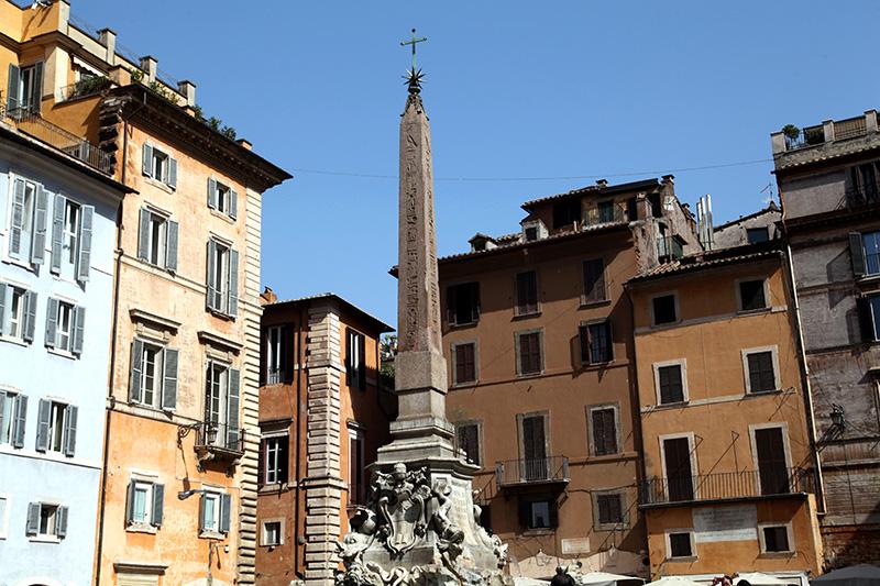 фонтан пантеона