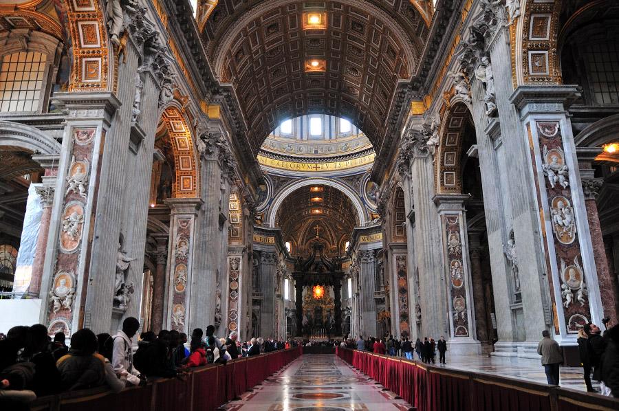собор святого петра интерьер