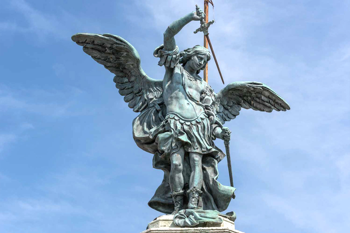 ангел на вершине замка святого ангела