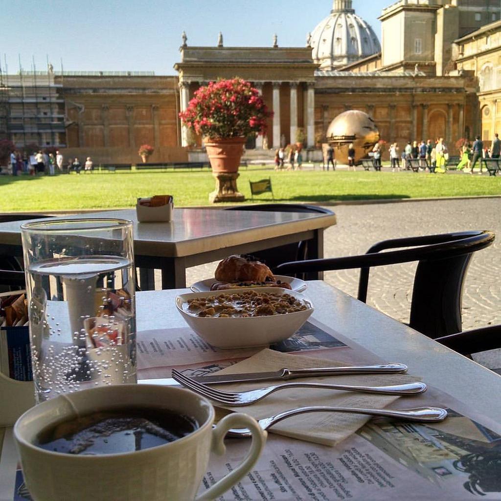 завтрак в музеях ватикана