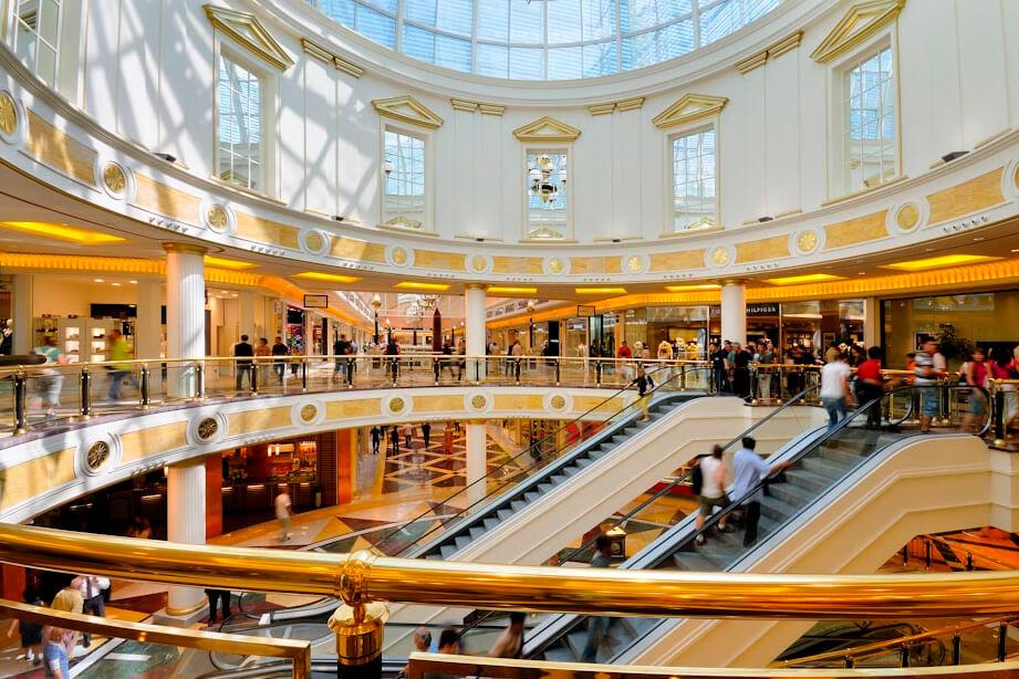италия торговые центры фото жила своем
