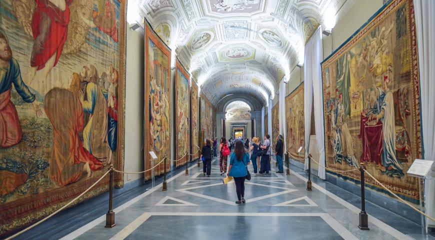 Галерея гобеленов музеи Ватикана