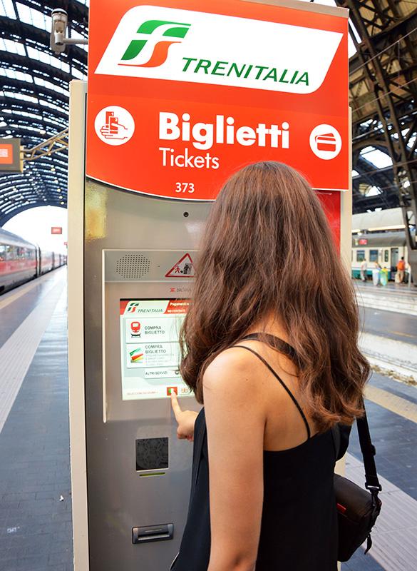 Автомат по продаже билетов Trenitalia