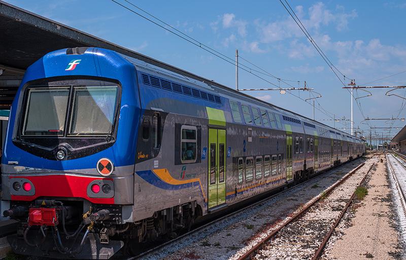 Региональный поезд Trenitalia