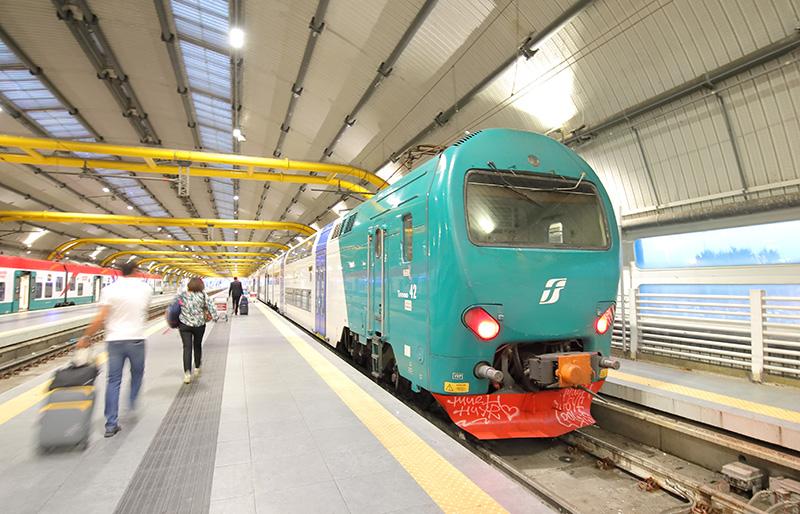 Поезда TrenItalia Аэропорт Фьюмичино: как добраться в Рим