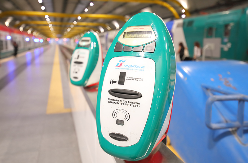 Устройства для компостирования билетов TrenItalia