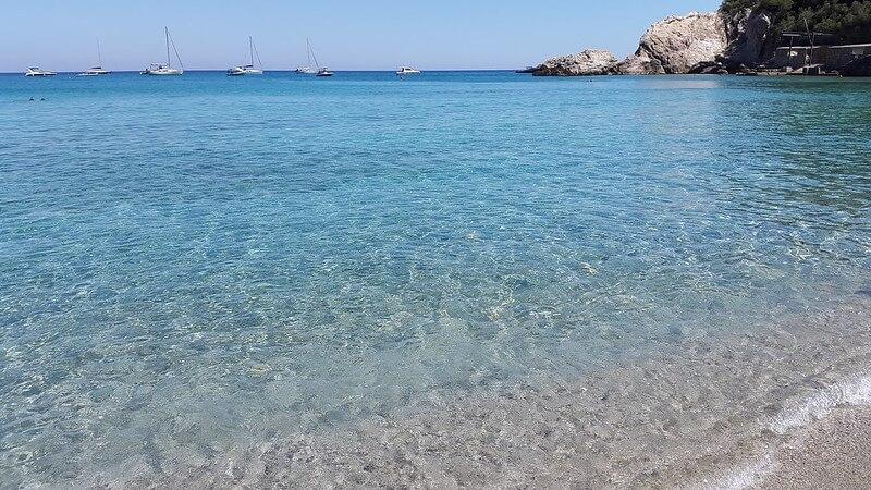 Пляж Baia dei Saraceni